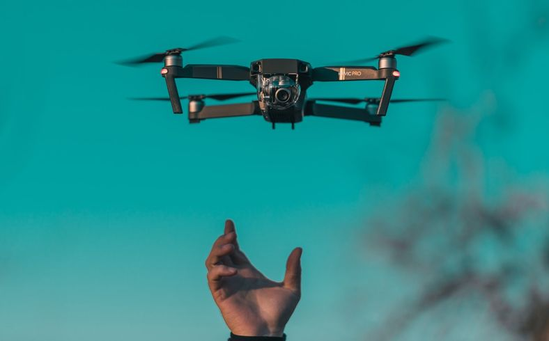 无人机,人工智能与未来